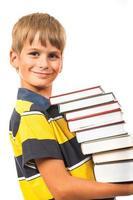 écolier tient des livres