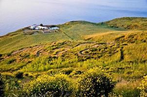 vue depuis le volcan de stromboli. photo