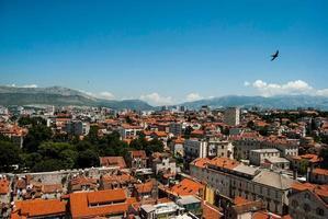 vue sur la ville de Split, Crotia - oiseau. photo