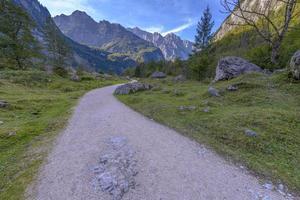 route vers obersee, parc national de berchtesgaden