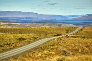 Route à parc national torres del paine du chili