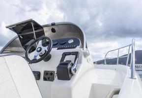 cockpit pour bateau