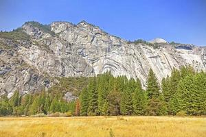 Paysage de montagne dans le parc national de Yosemite, USA