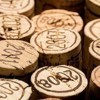 cohortes de bouchons de vin photo