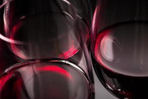 verres de vin rouge photo