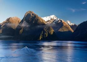 Fjord de Milford Sound en Nouvelle-Zélande photo