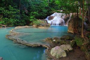 Cascade d'Erawan à Kanchanaburi, Thaïlande