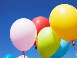 ballons multicolores photo