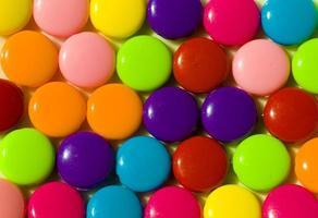 boules rondes colorées écrasées