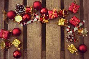 décoration de Noël avec sur fond de bois photo