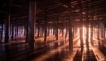 sous la jetée de santa monica, californie