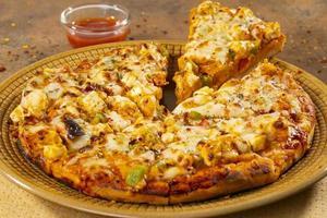style indien de pizza paneer plat italien