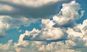 fond d'écran ciel nuageux