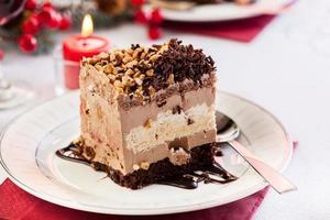 morceau de gâteau meringué
