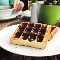 gaufres viennoises recouvertes de chocolat.