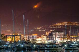 etna - volcan photo