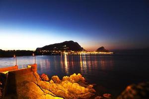 au large de la Sicile la nuit photo