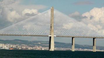 Pont Vasco da Gama à Lisbonne au Portugal, dans le sud-ouest de l'Europe