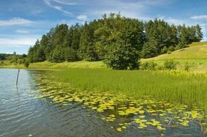 lac noir dans la région suwalki osinki