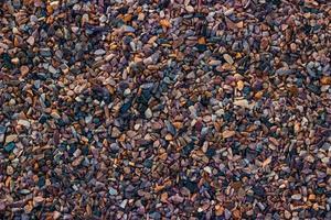 galets noirs et bruns