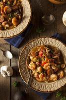 gumbo cajun aux crevettes et saucisses maison
