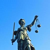Statue de Dame Justice, Justitia à Francfort photo