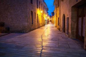 le vieux mur et les rues d'Alcudia photo