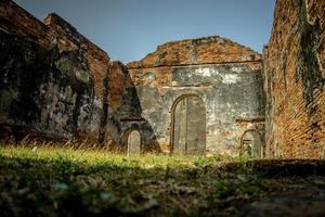 église en ruine