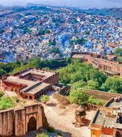 jodhpur. vue depuis la ville bleue et le fort de mehrangarh. Rajasthan, dans photo