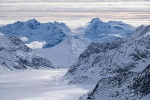 Montagne de neige à Jungfraujoch, Suisse photo