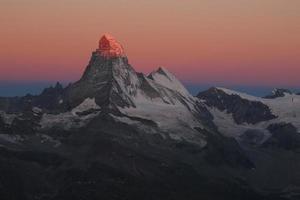 lever de soleil à zermatt photo