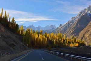 autoroute karakorum. photo