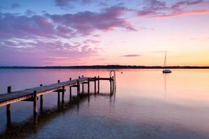 coucher de soleil au bord du lac