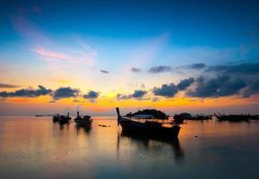 Coucher de soleil à kho lipe, thaïlande photo