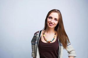 jeune belle adolescente posant photo
