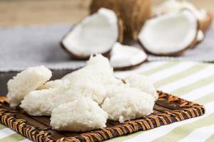 cocada (douce noix de coco) photo
