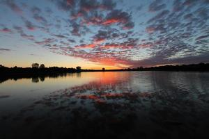 lever du soleil d'automne photo