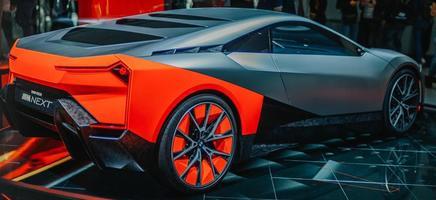 BMW argent à un spectacle photo
