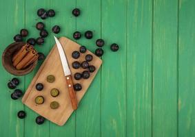 photographie alimentaire mise à plat de fruits frais avec espace copie