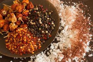 sel, poivre, épices photo