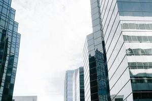 immeubles modernes de grande hauteur photo
