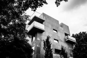 Sydney, Australie, 2020 - niveaux de gris d'un bâtiment en béton