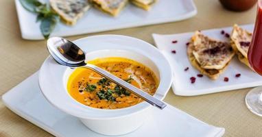 savoureuse soupe aux tomates
