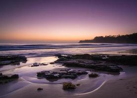 bord de mer au coucher du soleil