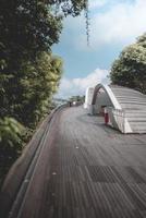 singapour, 2018-voyageurs parcourent les sentiers du parc du mont faber