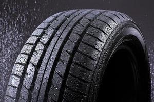 pneu pluie