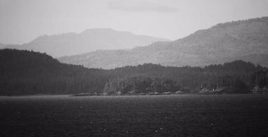 paysage abstrait en noir et blanc photo