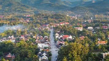 point de vue et paysage à luang prabang, laos.
