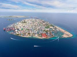 Vue aérienne de la ville masculine aux maldives