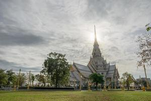 Wat Sothon Wararam Worawihan à Chachoengsao, Thaïlande